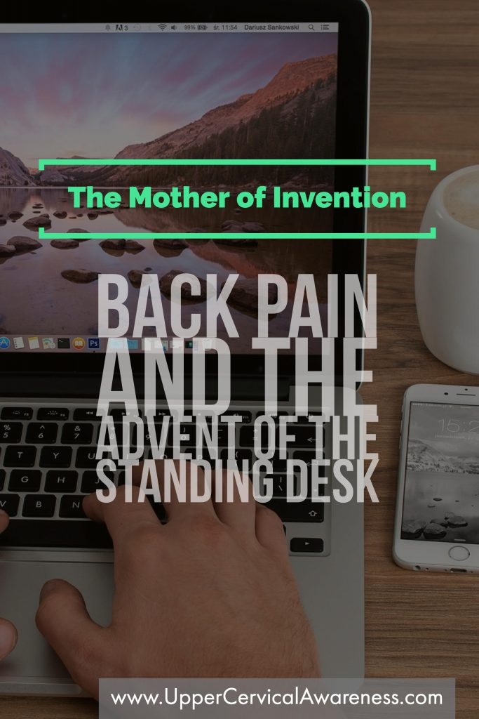 How standing desk affects back pain?