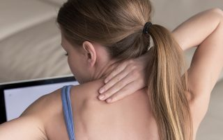 neck-pain-why-you-need-to-watch-your-posture-at-all-times
