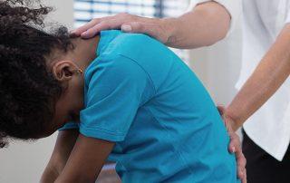 back-pain-in-children-eye-opening-statistics-back-care-tips